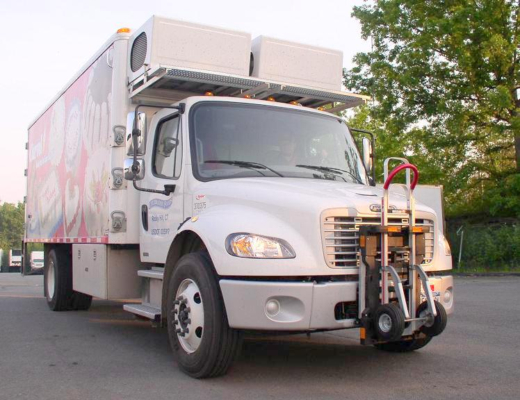 Johnson Refrigerated Bodies Carvel Ryder Freightliner M2